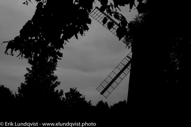 A shy windmill