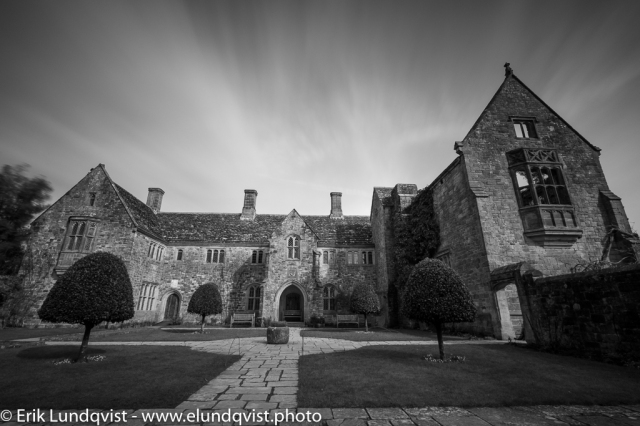 Long exposure of the stone manor